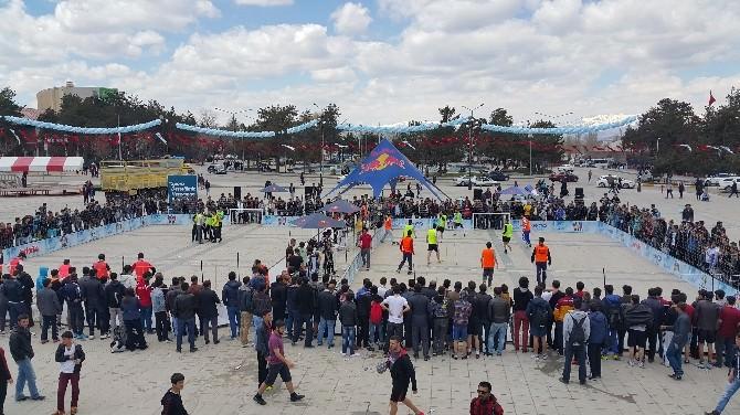 Sokak Futbolu Heyecanı Erzurum'daydı