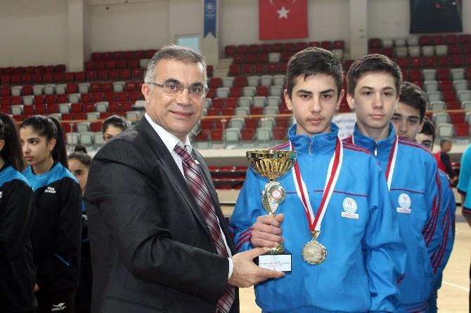 Yıldızlar Badminton Türkiye Şampiyonası Sona Erdi