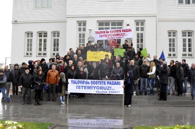 Yalovalı Pazarcılardan Sosyete Pazarı Öfkesi