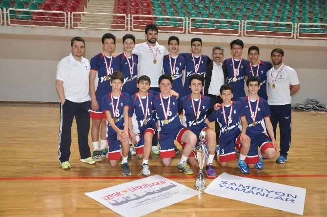 Yamanlar Voleybol'da Yine Türkiye Şampiyonu