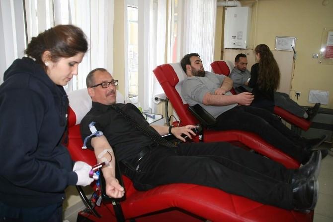 Yozgat Kültür Müdürlüğü Personelinden Kızılay'a Kan Bağışı