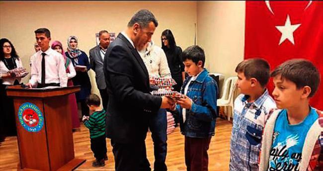 Başkan Bekir Altan öğrencileri kutladı