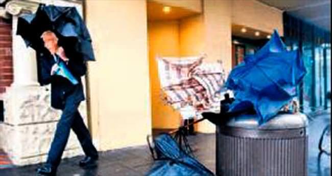 Avustralya'da fırtına: 3 ölü