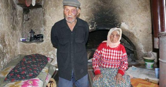 Denizli'de yaşlı çift gasp edildi