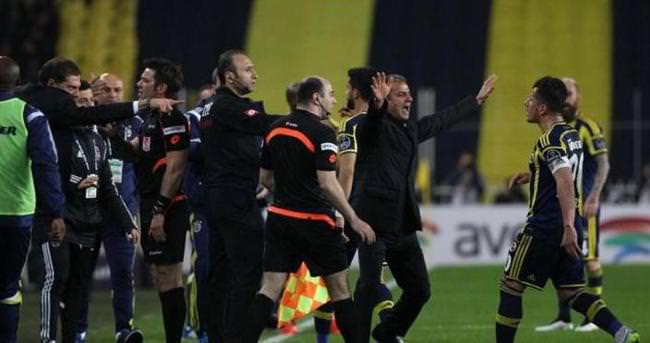 TFF Emre Belözoğlu'nu savunmaya çağırdı