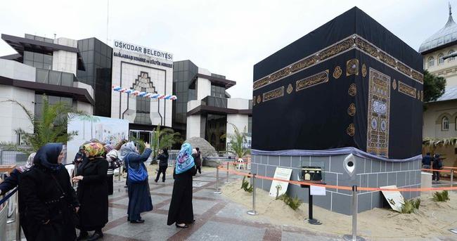 Üsküdar'daki Kabe maketi kaldırıldı