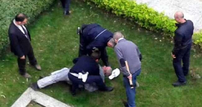Milletvekili adayı Atatürk büstüne saldırdı