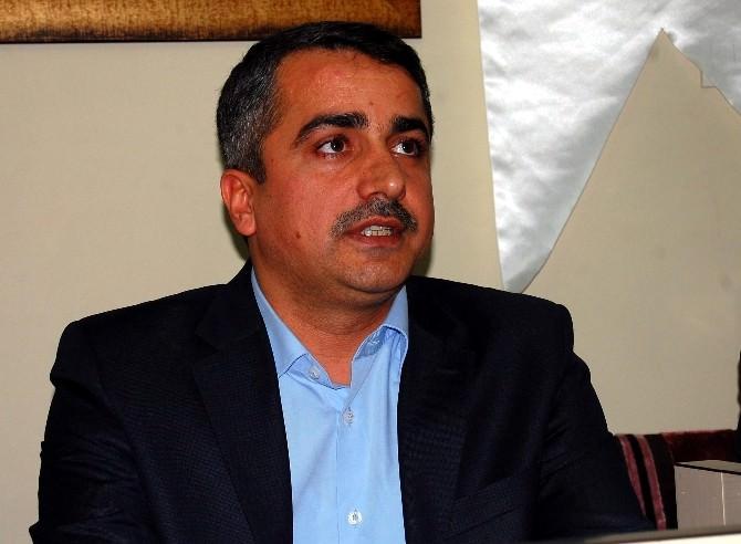 """""""Ortadoğu'da Kürtler Ve Barış"""" Sempozyumu Gerçekleştirilecek"""