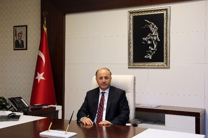 """Bartın Valisi Azizoğlu: """"23 Nisan Tüm Dünya Çocuklarının Bayramıdır"""""""
