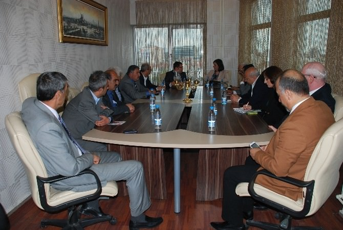 CHP Heyetinden Şoförler Ve Otomobilciler Odası'na Ziyaret