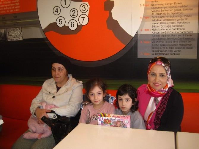 Kanser Hastası Çocuklar Gönüllerince Eğlendiler