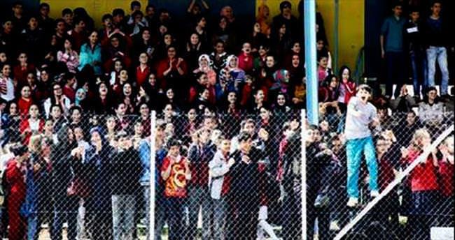 Çubuk'taki futbol turnuvası sona erdi