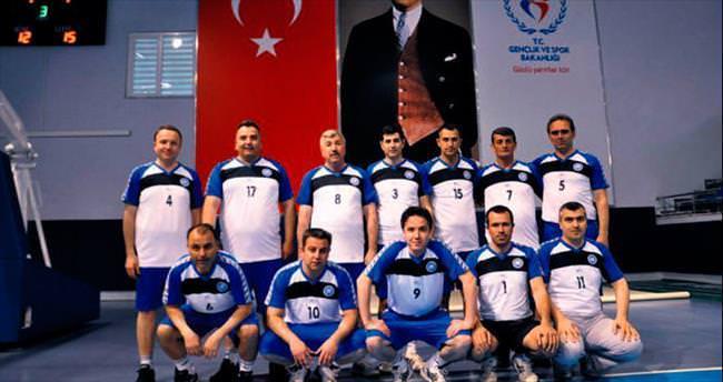 Akyurt'ta voleybol turnuvası