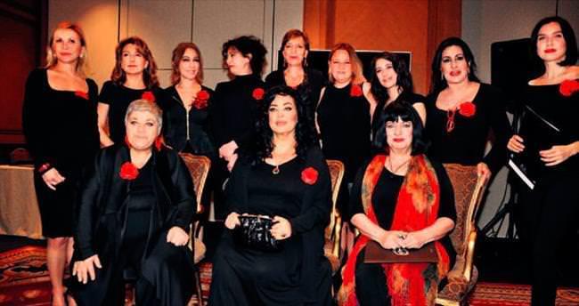 Duyarlı sanatçılar 'Kadına şiddete son' dedi