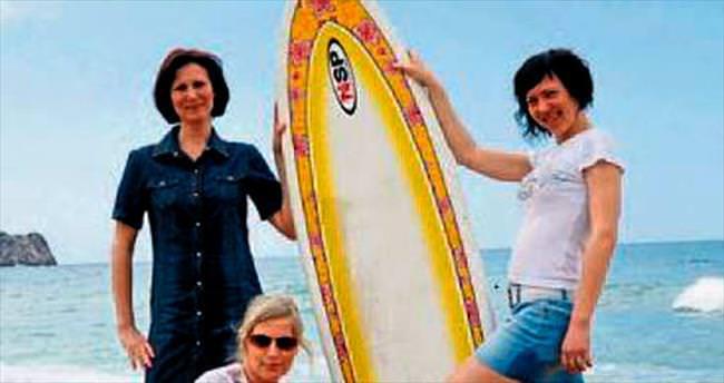 Sörfçüler Alanya'da yarıştı