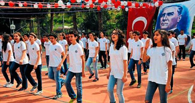 Final öğrencileri bayramı kutladı