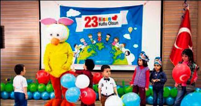 Sami Ulus Hastanesi'ndeki çocuklara bayram sürprizi