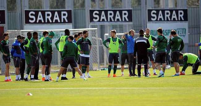 Bursaspor, Başakşehir'e hazır
