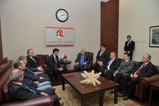 Balkan Türkleri Konfederasyonu Vali Tuna'yı Ziyaret Etti