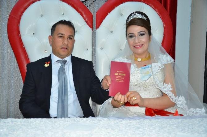 Şanlıurfa Milletvekili Mehmet Kasım Gülpınar Nikah Şahitliği Yaptı