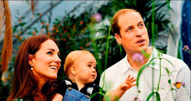 İkinci bebeğe bin 200 dolarlık 'mavi' elbise