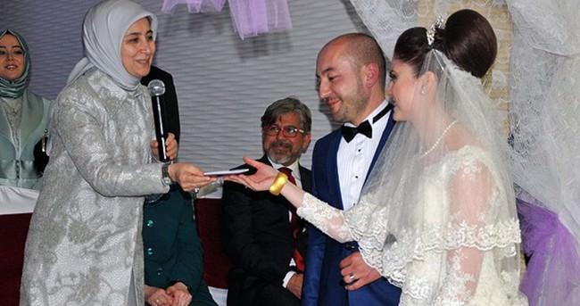 Sare Davutoğlu nikah şahidi oldu