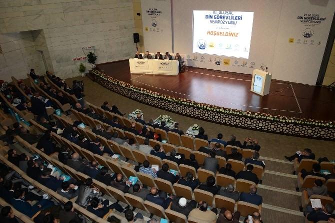 Konya'da Ulusal Din Görevlileri Sempozyumu