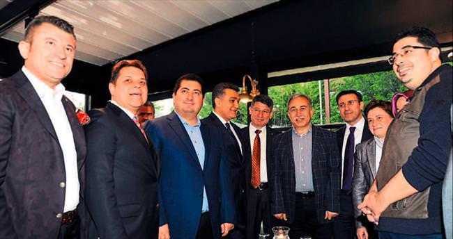 Petek'e Adana'da görkemli açılış