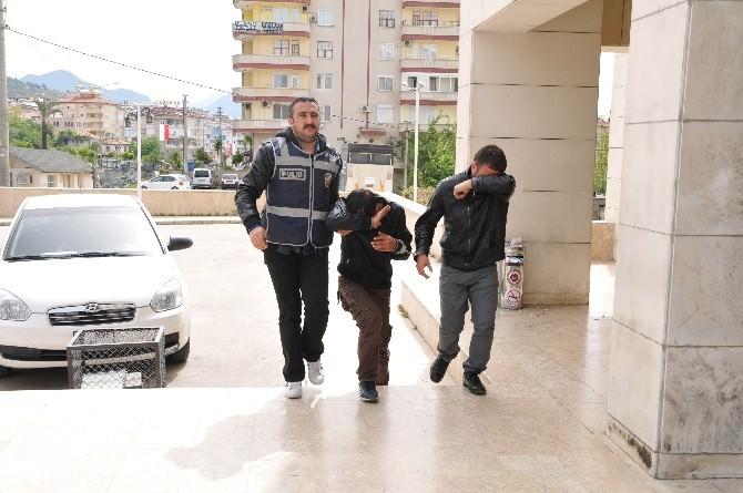 Alanya'da Motosiklet Hırsızları Yakalandı