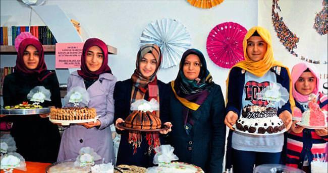 İyilik Mutfağı'nda yaş pastalar yarıştı