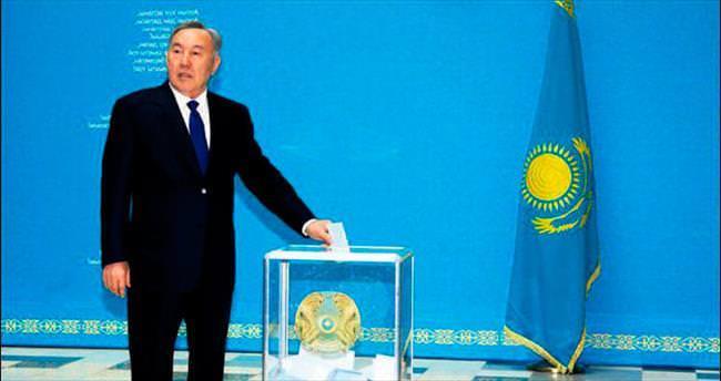 Kazaklar'ın tercihi yine Nazarbayev