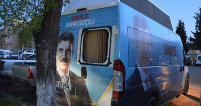 AK Partili Aktay'ın seçim minibüsüne saldırı