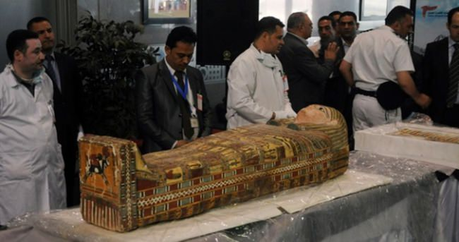 Mısır'ın kaçırılan tarihi eserleri geri alındı