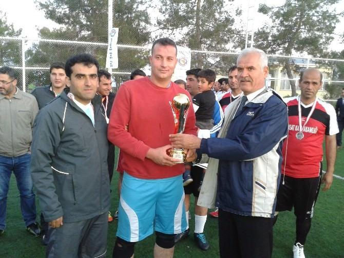Samsat'ta Futbol Turnuvası Sona Erdi