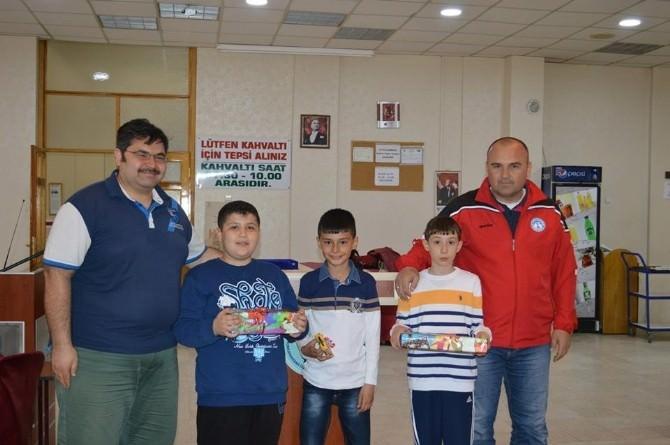 """""""Ulusal Egemenlik Öğretmenevi Satranç Turnuvası"""" Yapıldı"""
