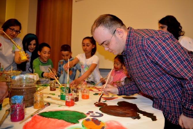 Atatürkçü Gençlerden Engelli Çocuklara Bayram Coşkusu