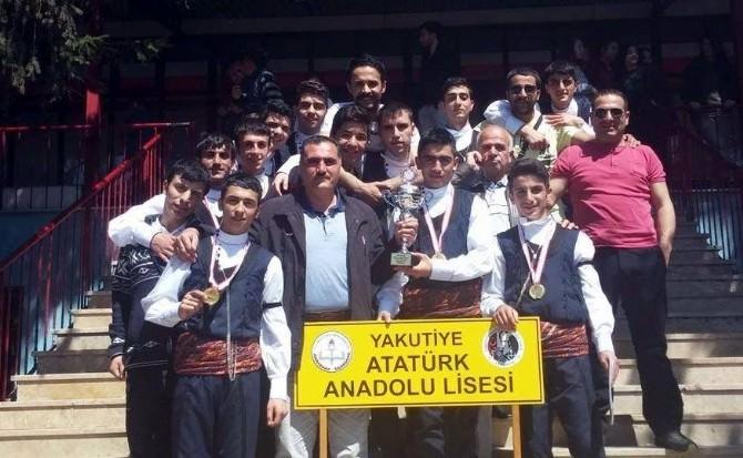 Atatürk Anadolu Lisesi Halk Oyunlarında Türkiye Şampiyonu Oldu