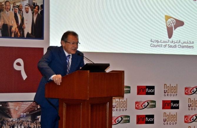 Başkan Uğur, Arap-türk Zirvesinde Konuştu