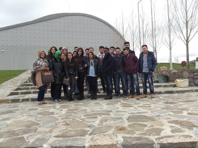 Bayburt Üniversitesi Turizm Ve Gezi Kulübü Baksı Müzesi'ne Gezi Düzenledi