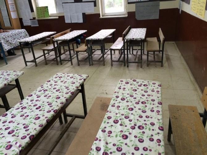 Digor'da Okullar Yeni Masa Örtüleri İle Buluştu