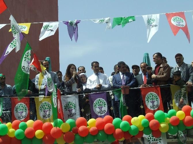 HDP Malazgirt'te Seçim Bürosu Açtı