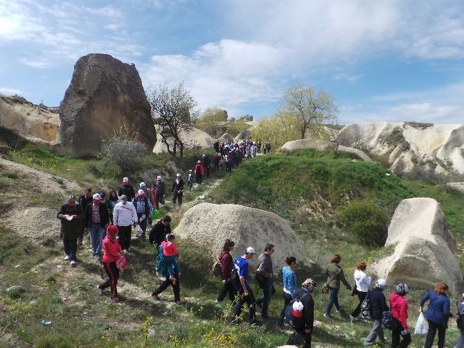 Türk Eğitim Sen Üyeleri Vadi Yürüyüşünde Bir Araya Geldi