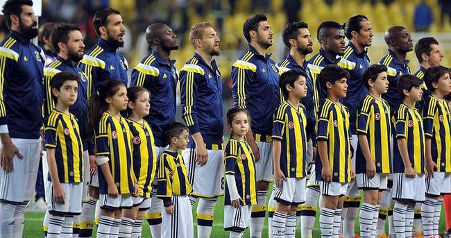 Fenerbahçe'de Emenike - Volkan Demirel kavgası