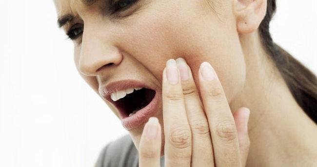 Yirmilik diş ağrısına ne iyi gelir?
