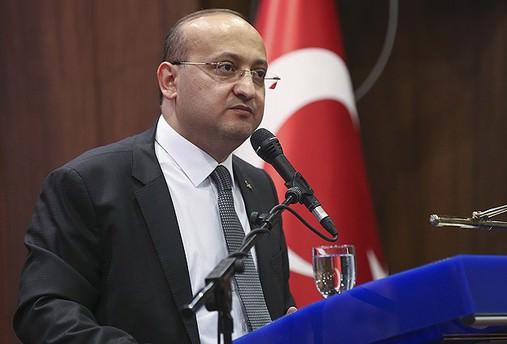 Akdoğan: Pabuç bırakmayız