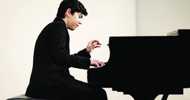 Piyanist Abduraimov, İstanbul'a geliyor