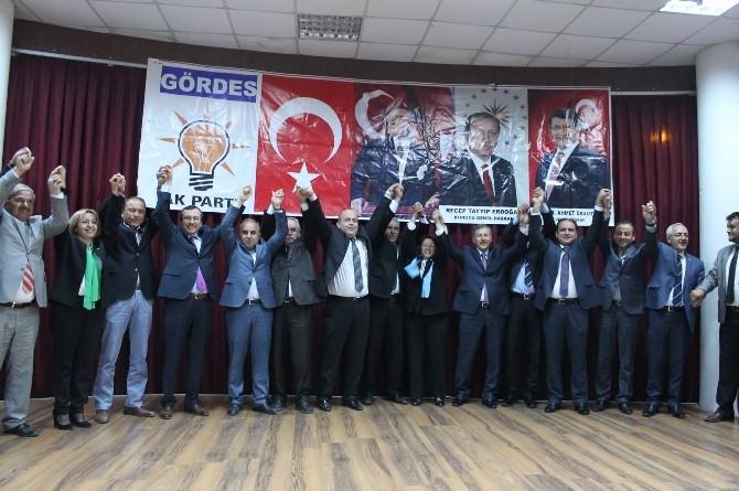 AK Parti'den Gördes'te Coşkulu Aday Tanıtımı
