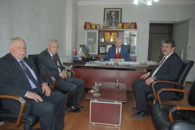 Eski Maliye Bakanından Birliktir'e Ziyaret