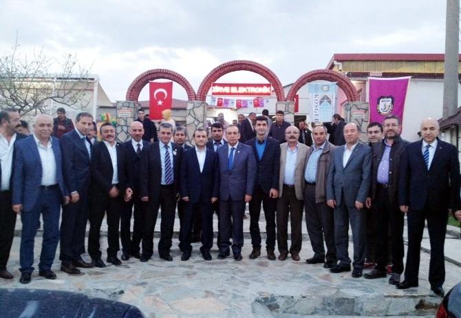 Seydişehir'de Esnaflar Yemekte Bir Araya Geldi