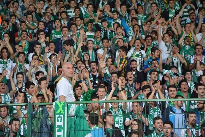 Bursaspor Taraftarlarından Takıma Müthiş Destek